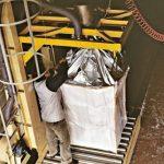 fase di imballaggio di un grande carico